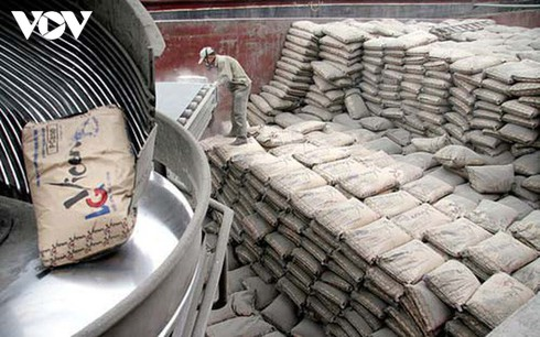 cement exports rake in us$732 million over seven-month period hinh 0